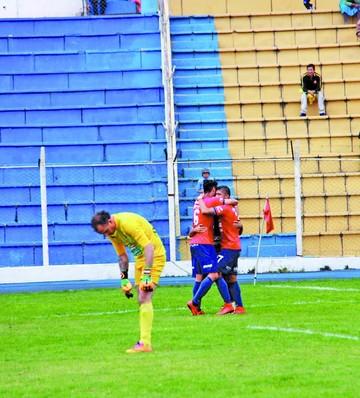 Wilstermann aplastó a Real Potosí y lo dejó fuera de los Play Off
