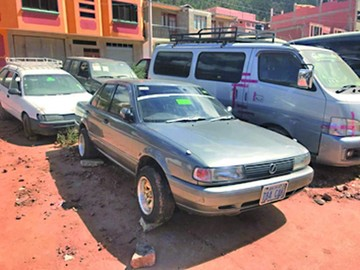 Recuperan automóvil robado desmantelado