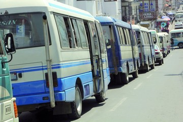 Congestionamiento vehicular un problema sin resolver