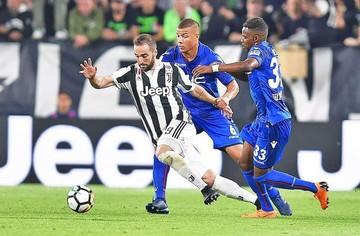 Juventus remonta y hoy puede ceñirse la corona