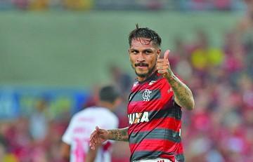 Flamengo sigue líder en el regreso de Guerrero