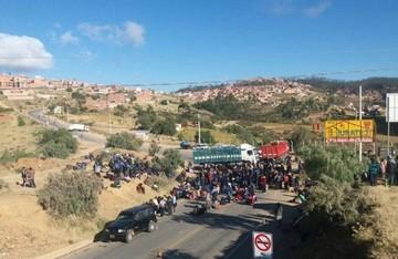 Vuelven a cancelar operaciones en el aeropuerto Alcantarí