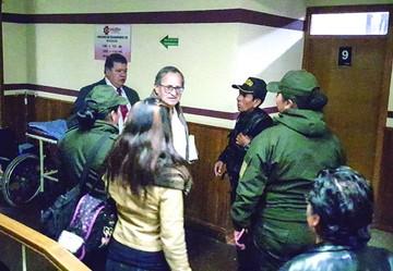 El Alcalde de Oruro cae por caso mochilas chinas