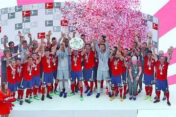 Bayern celebra pese a derrota