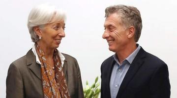 Argentina vuelve a brazos del FMI, señal de fragilidad y dependencia