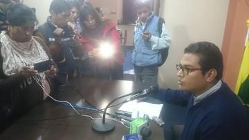 Callejas descarta renuncia de autoridades y anuncia acto en apoyo a Urquizu