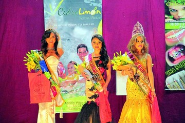Cesia Zárate gana corona Miss Plurinacional 2018