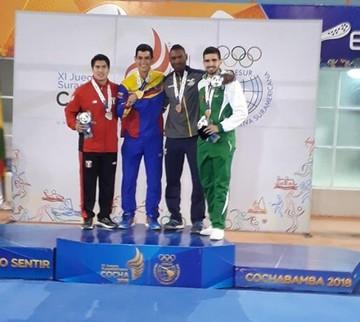 El karateca Mohamed Dames le da un bronce a Bolivia