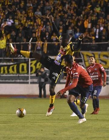 El Tigre vence a Wilstermann con un 2-1 en el Siles