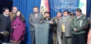 Gobierno da por abierto diálogo con dirigentes afines al MAS y sin la UPEA