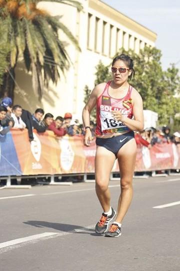 Ángela Castro gana presea de plata para Bolivia
