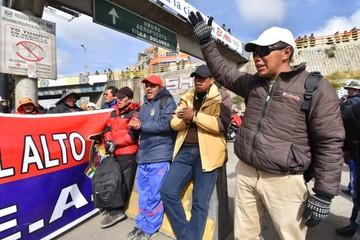 El Alto vive segunda jornada de paro cívico y bloqueo