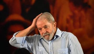 Lula domina desde la cárcel intención de voto en Brasil