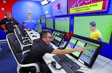 FIFA muestra sala de operaciones del video arbitraje