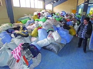 Campaña de recolección logra más de 200 mil prendas de invierno