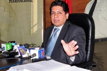 Rudy Flores renuncia a Dirección Jurídica en Cancillería