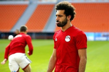 "Egipto: Salah ""esconde"" sus brazos"