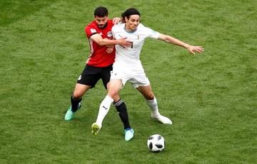 Giménez salva a Uruguay al filo del cotejo y vence a Egipto 1-0