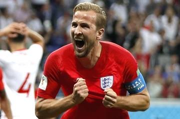 Inglaterra gana al filo del partido contra Túnez