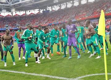 Senegal voltea vaticinios