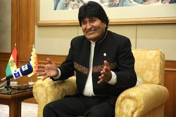 """Evo Morales defiende los lazos con China frente a un EEUU """"enemigo de la paz"""""""