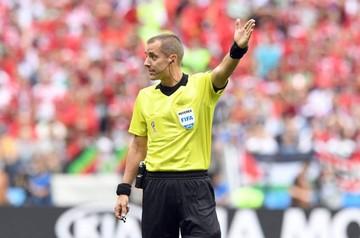 FIFA defiende a árbitro Geiger