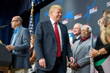 Trump retoma línea dura en el tema de migración