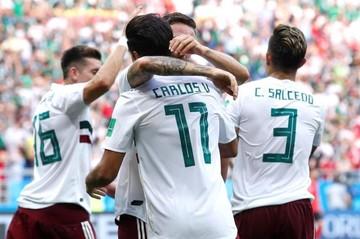 México pone un pie en octavos con victoria de 2-1 sobre Corea