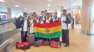 El Team Bolivia, con patada voladora en un Panamericano