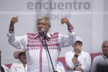 México: Candidatos cierran campañas y piden confianza