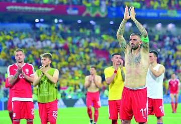 Brasil gana y va por el Tri