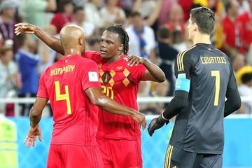 Bélgica gana 0-1 a Inglaterra con un golazo de Januzaj y es primera del grupo