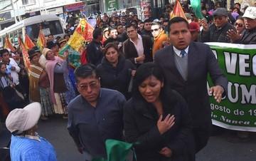 Juez otorga medidas sustitutivas a Chapetón por el traspaso de un terreno