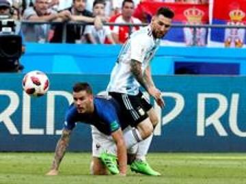 Francia derrota a Argentina y la saca del mundial
