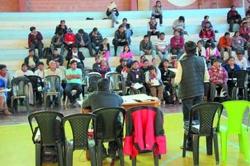 Las Juntas Escolares reeligen a Durán