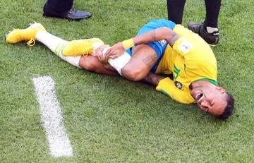 Neymar genera polémica