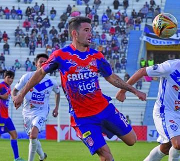 "La ""U"" sufre otra baja: Báez se va a Paraguay"