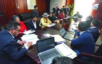 Diálogo con la UPEA no arroja resultados
