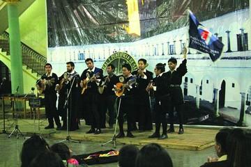 Tuna Universitaria con nuevo repertorio 2018