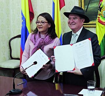 Ofertan primera maestría en derecho notarial: UASB