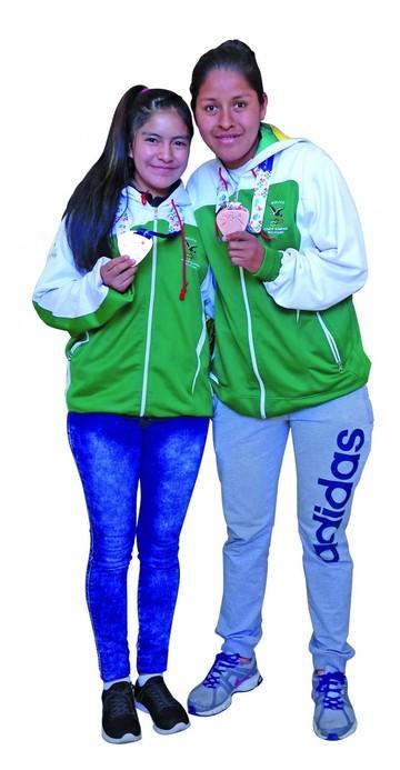 Patricia Fuentes y Sonia Torihuano las chicas de bronce