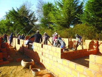 Construyen hogar para ancianos en Villa Serrano