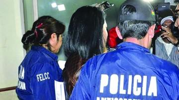 Aprehenden a ex funcionaria por el caso Mochilas I