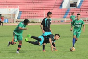 Universitario empata sin goles con Nacional Potosí en cotejo de prueba