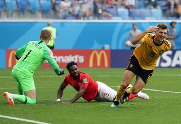 (2-0) Bélgica es más que Inglaterra