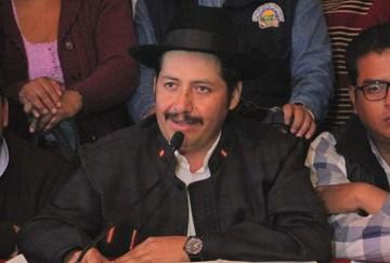 Asamblea amplía licencia de Urquizu y decreta receso