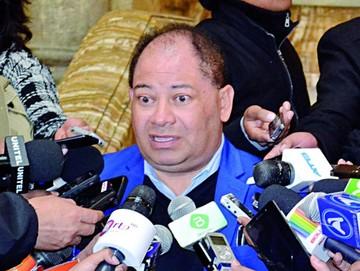 Romero admite que hay puentes aéreos de narcos