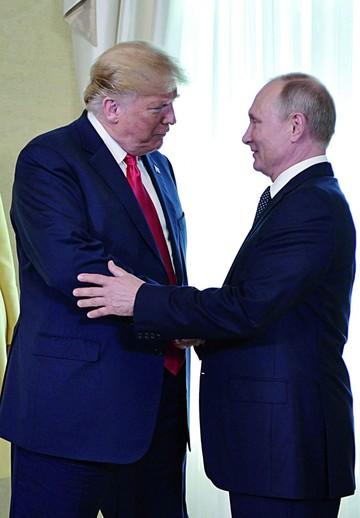 Trump da su apoyo a Putin  y reaviva molestia en EEUU