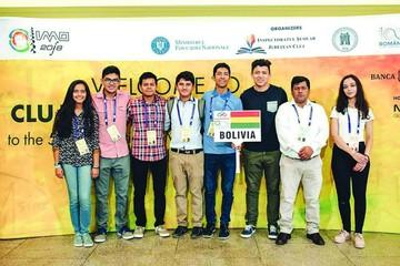 Sucrenses sobresalen en Mundial de Matemáticas