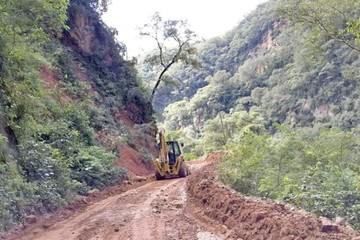 2018 cerraría con trabajos parados en camino a Ipati